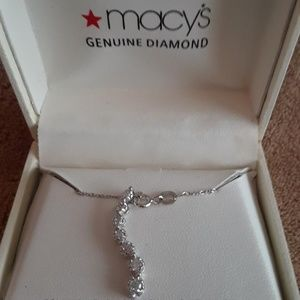 Genuine Diamond Journey Necklace (1/3 ct)